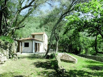 Chalet indépendant situé à Vila Flor avec piscine