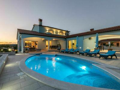 Villa Gabriel (LBN417)