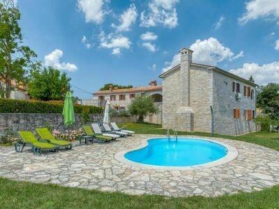 Villa Frapi (PZN325), Maison 18 personnes à Pazin