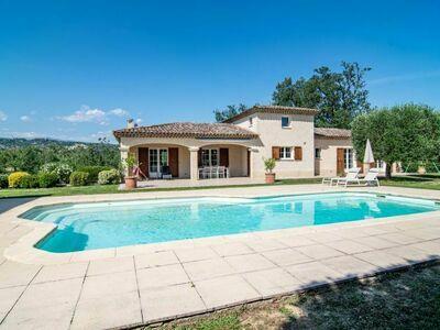 Villa Gaïa (LLI130), Maison 8 personnes à Callian