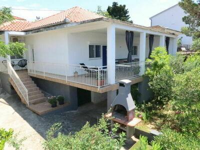 Matkovic (SRD300), Maison 5 personnes à Starigrad Paklenica