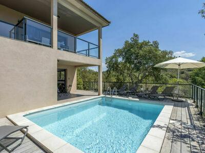 Bruyères (PTO100), Maison 10 personnes à Porticcio