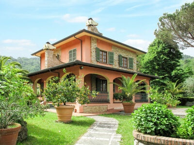 Costacce (CMA255), Location Maison à Camaiore - Photo 1 / 25