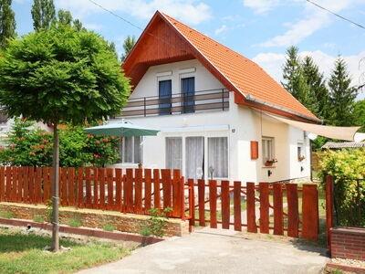 Margaret, Maison 9 personnes à Balatonfenyves