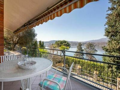 Villa Barbara, Maison 6 personnes à Orta San Giulio