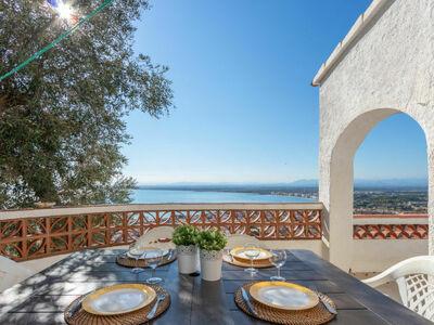 Villa Cecilia, location de caractère avec vue panoramique sur la baie de Roses