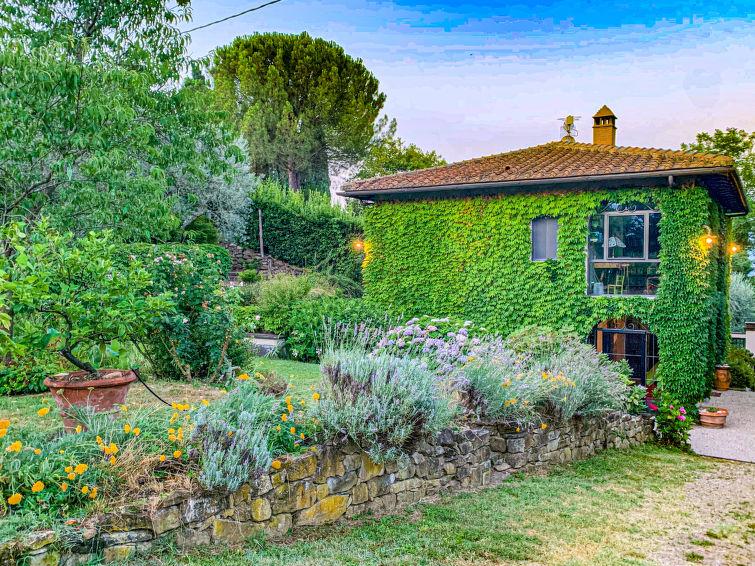 Villa Vittoria, Location Villa à Reggello - Photo 0 / 44