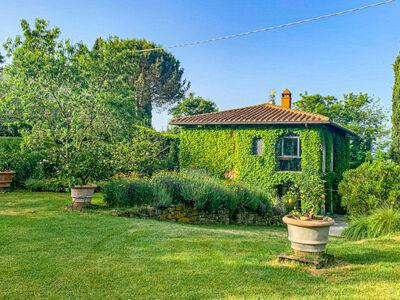 Villa Vittoria, Location Villa à Reggello - Photo 34 / 44