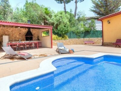 Maison Farigola, spacieuse et chaleureuse pour séjour en famille au soleil