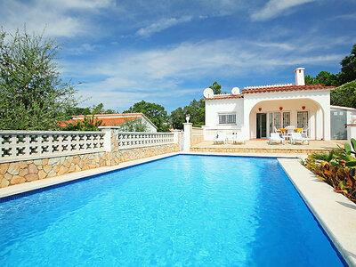 Maison Oris, confortable et accueillante avec grand jardin privé