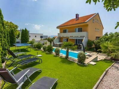 Villa Puskas 2, Maison 12 personnes à Crikvenica