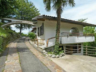 nel Bosco (LGI220), Maison 6 personnes à Leggiuno