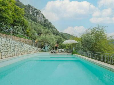 La Grotta (CMA245), Maison 10 personnes à Camaiore