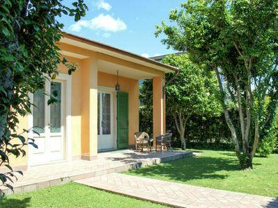 Le Camelie (CTO467), Maison 4 personnes à Montignoso
