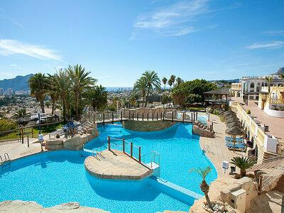 Maison Imperial Park 03, pour séjour en famille dans complexe avec piscine