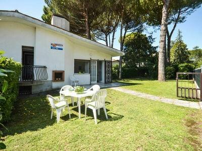 Villa Erika (LIG730), Maison 7 personnes à Lignano Riviera