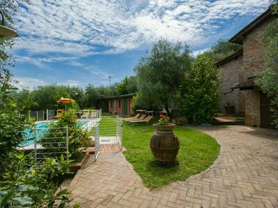 Le Camelie (MTM165), Gite 8 personnes à Montecatini Terme