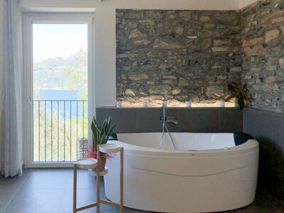 Lacum Lux Resort (VNA207), Location Maison à Varenna - Photo 14 / 34