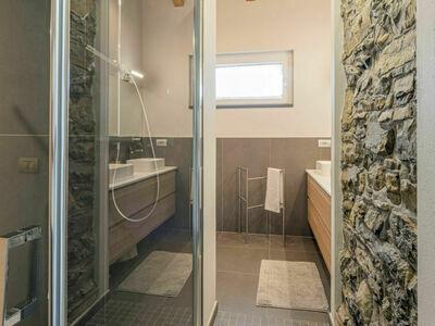 Lacum Lux Resort (VNA207), Location Maison à Varenna - Photo 21 / 34
