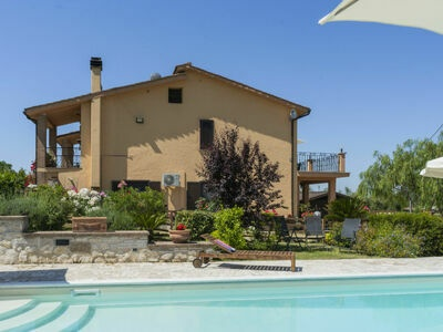 Villa Marie (TOI200), Maison 8 personnes à Torri in Sabina