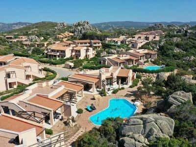 Belle villa à La Coquille avec piscine