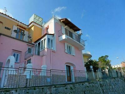 The Pink, Maison 4 personnes à Ischia