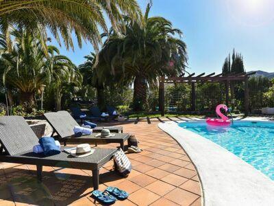 Finca Madroñal with Pool 14p