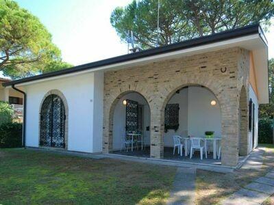 Villa Salvador (LIG590)