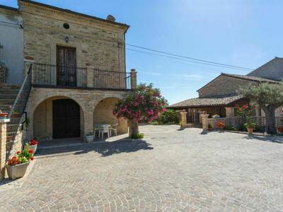 Borgo Agrituristico Il Pino (ONA200)