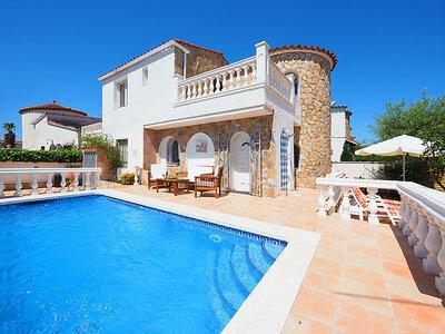 Casa Belle, maison de caractère claire et spacieuse avec piscine
