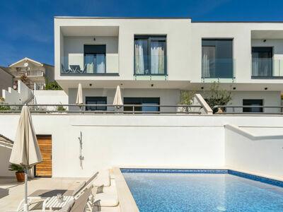 Villa Meri 2, Maison 4 personnes à Trogir Okrug Gornji