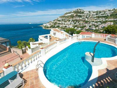 Bel appartement Los Geranios, dans résidence avec vue panoramique sur la mer