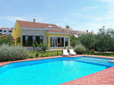 Yellow House, Villa 9 personnes à Zadar