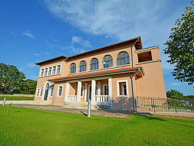 Škola Jakovići, Villa 22 personnes à Tinjan