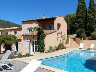 Mare E Sole, Villa 8 personnes à Cavalaire
