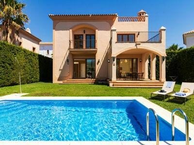 Villa Resina Golf, Maison 6 personnes à Estepona