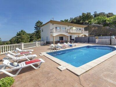 Maison Gioconda, grande villa familiale avec vue à 180° au milieu d'un cadre verdoyant