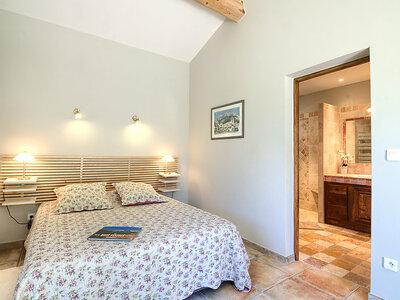 Bezert, Location Maison à Carpentras - Photo 9 / 24