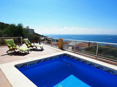 Maison Milà i Fontanals 22, jolie maison avec vue panoramique sur la mer