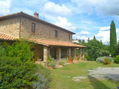 Montecucco Winery, Gite 16 personnes à Castel del Piano