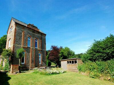 Eatenden Tower, Maison 8 personnes à Battle