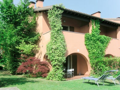 Garda Golf Green Residence (MAN206)
