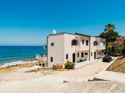 Santa Maria, Maison 6 personnes à Marina di Caronia