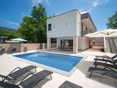 Villa Lea, Maison 10 personnes à Novi Vinodolski
