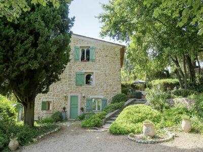 Le Clermont (CDG120), Maison 6 personnes à Chateauneuf de Grasse