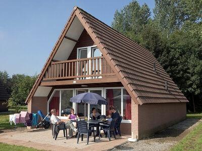 Ce petit village de vacances comprend 11 maisons-g...