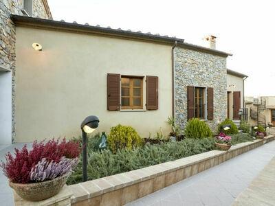 Borgo Carradori, Maison 16 personnes à Lucignano