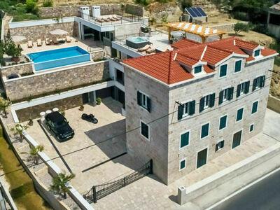 Mladenka, Villa 12 personnes à Omis