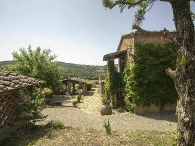 Podere Terreno, Maison 15 personnes à Radda in Chianti
