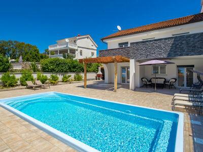 Villa Mira (KRK147), Maison 10 personnes à Krk Pinezići
